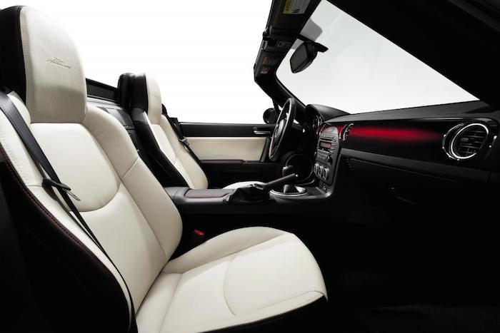 Mazda MX5 seats