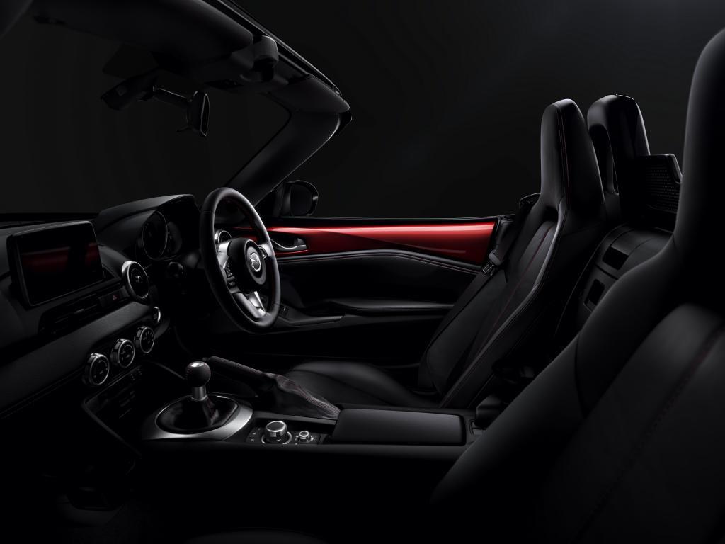 Mazda MX5 Interior